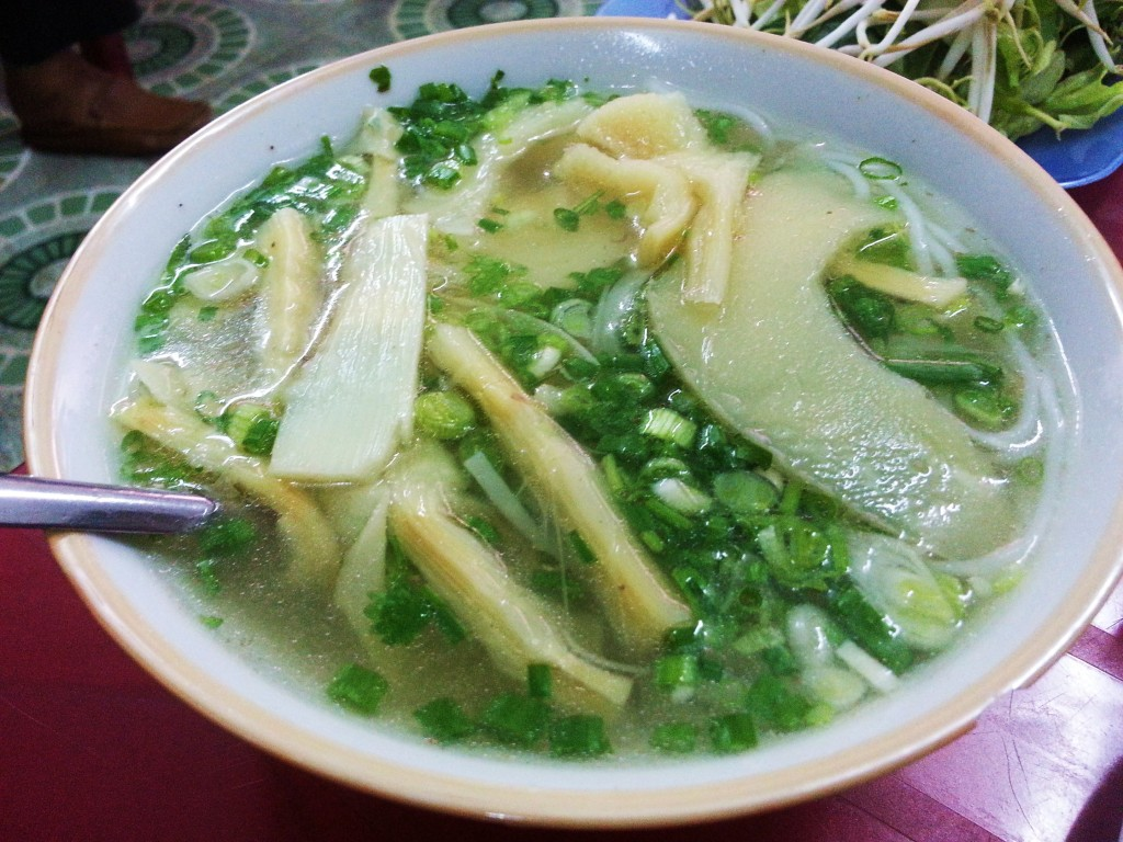 Bun mang/noodle soup with bamboo shoots